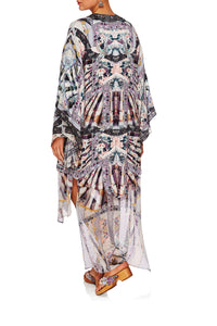 CAMILLA IN HER SHOES KIMONO W LONG UNDERLAYER