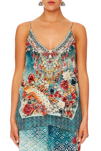 HER HEIRLOOM MULTILAYER V NECK TOP