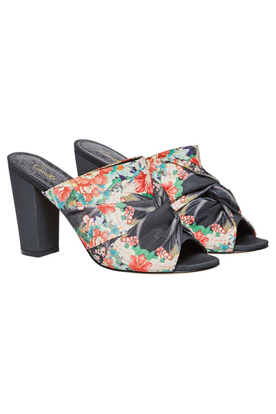 CAMILLA QUEEN OF KINGS OBI TIE HEEL