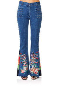 CAMILLA QUEEN OF KINGS FLARED JEAN W CONTRAST PANELS