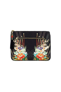 CAMILLA QUEEN OF KINGS SMALL CANVAS CLUTCH