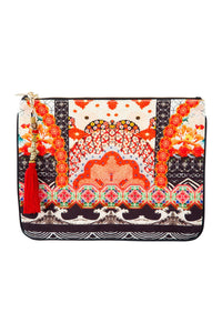 CAMILLA SMALL CANVAS CLUTCH VINTAGE VIXEN