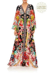 KIMONO SLEEVE DRESS WITH SHIRRING DETAIL PAINTED LAND