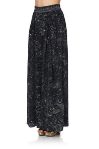 WIDE LEG PANT WITH GATHERED POCKETS MOON SET