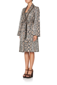 FLARED SLEEVE TRENCH KAKADU BOO
