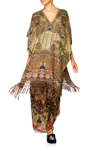 ECHOES OF ENCHANTMENT SHORT VNECK PONCHO