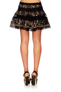 DANCING IN THE DARK SHORT FRILL HEM SKIRT