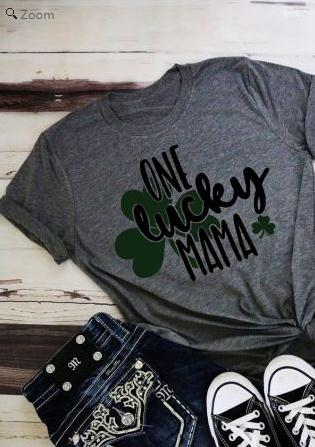 One Lucky Mama Shamrock Letter Print O-Neck T-Shirt