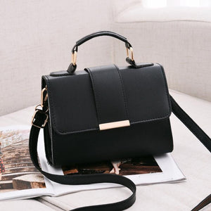 Compact Travel Handbag / Black