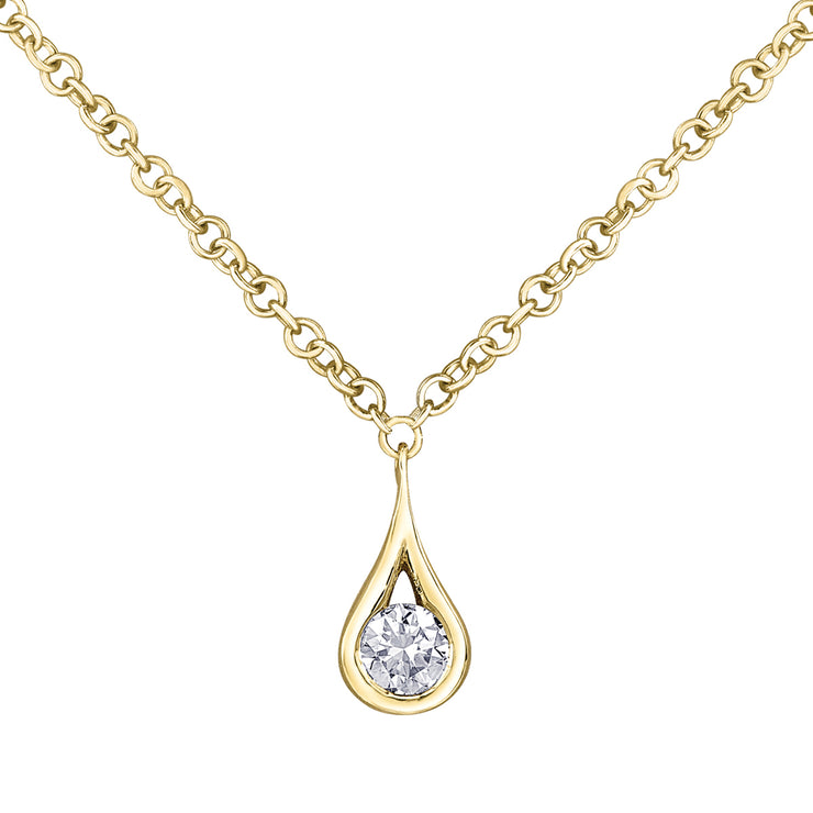 Maple Leaf Diamonds Yellow Gold Necklace