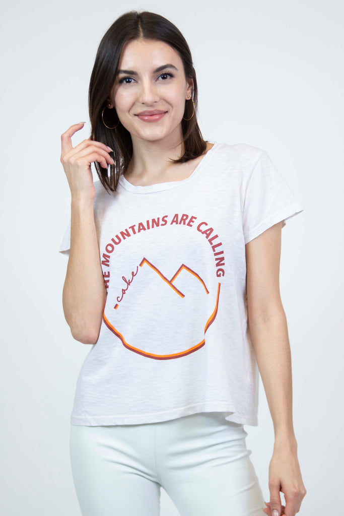 Mountains are Calling Vintage Tee