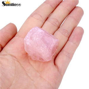 Sunligoo New Rough Rose Quartz Crystals Rocks Natural Chakra Stone for Cabbing,Tumbling,Lapidary,Polishing, Wicca &Reiki Crystal