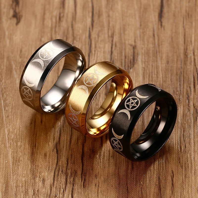Vnox Triple Goddess Ring for Men 8mm Stainless Steel Star & Moon Alliance Classic Casual Male Band Jewelry Size 7 8 9 10 11 12