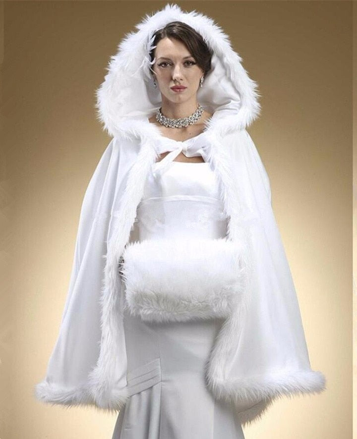 2018 Cause Wedding Wrap White Bridal Jackets Accessories Winter Woman Party Faux Fur Coat With Hat Short Style