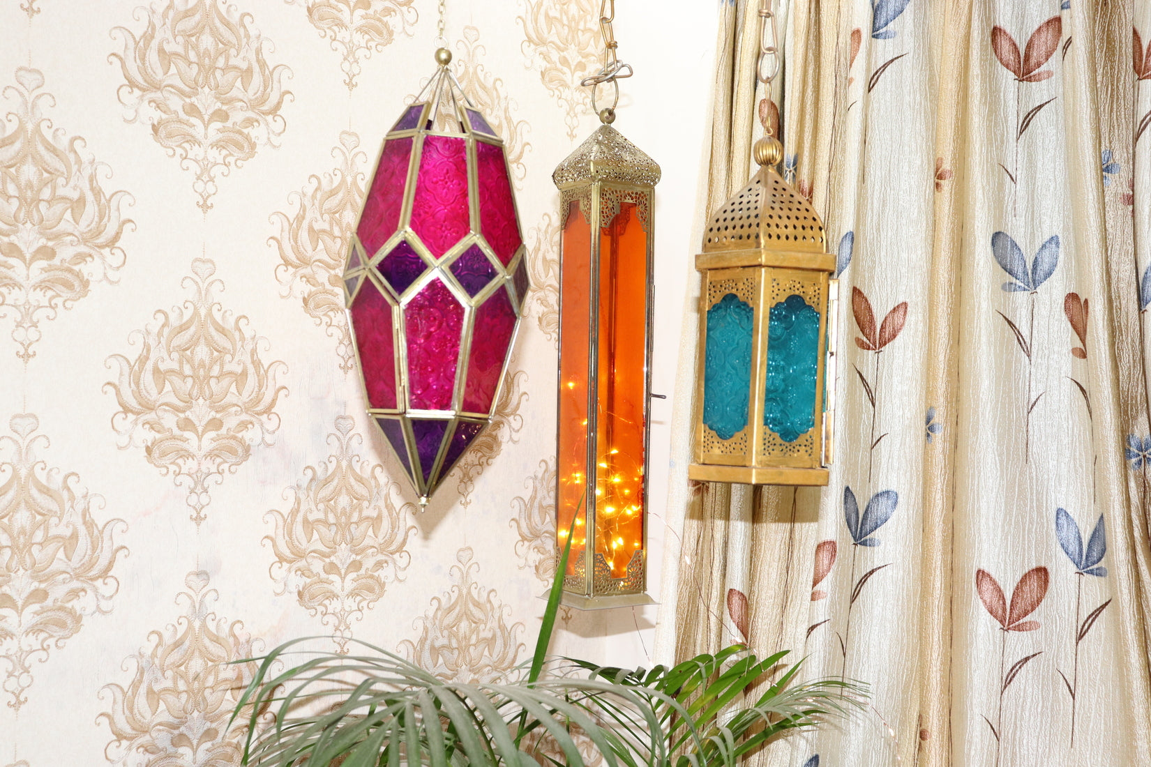 Moroccan Hexagon lantern with hanging chain and tea light holder