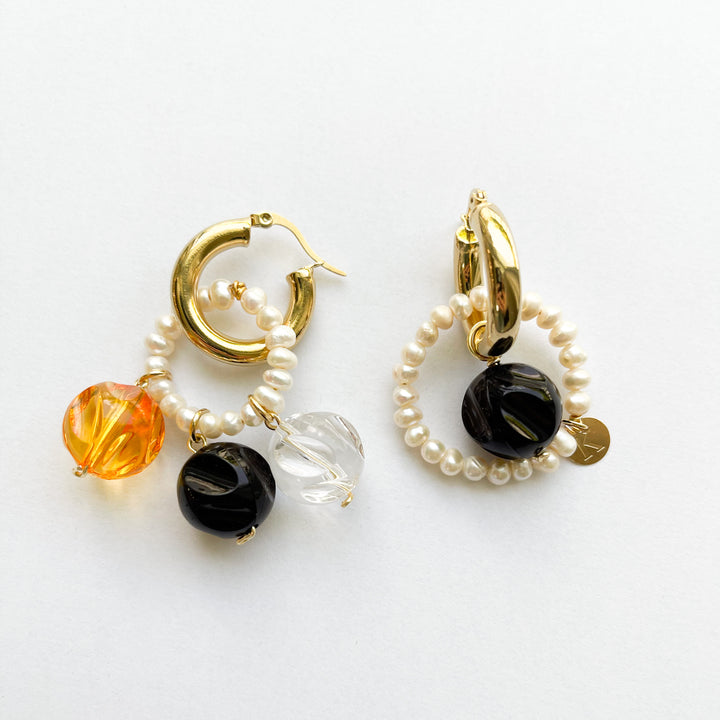 Caramelo Mixable Neutral Pearl Earrings