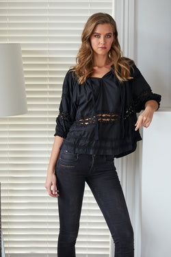 Briarwood Topaz top black