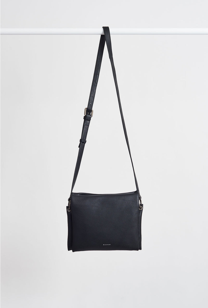 Briarwood Peaches shoulder bag black