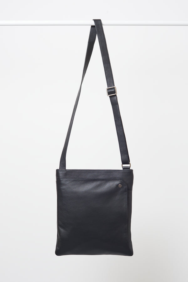 Briarwood West black bag