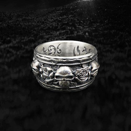 skull and roses band lucky ring