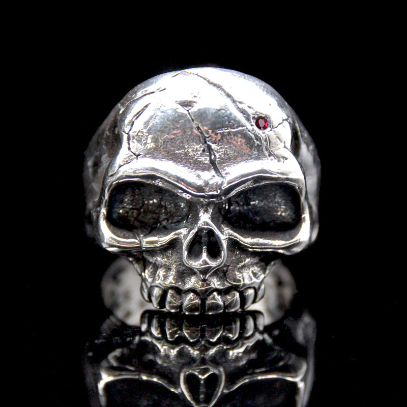 The Memento Mori Skull Ring silver 3
