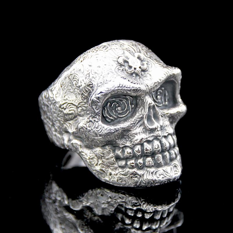 The Royalist Skull Ring silver