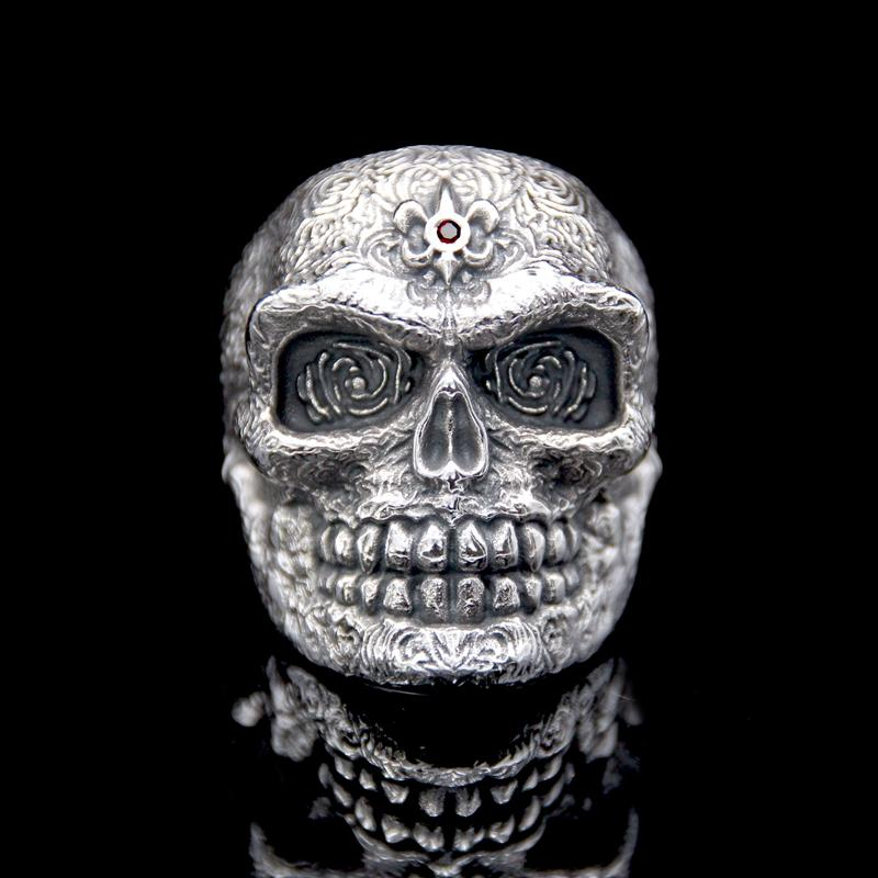 The Royalist Skull Ring silver 3