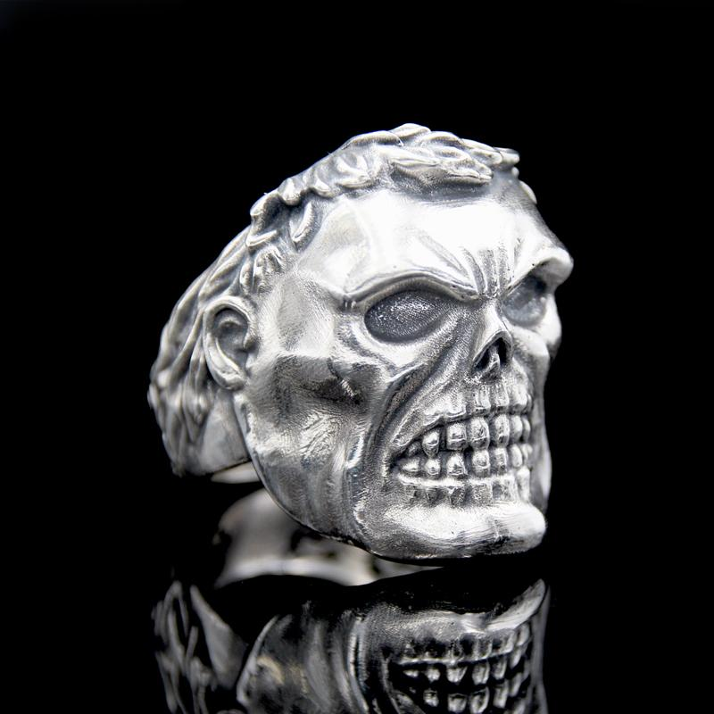 The Skhulk Skull Ring silver