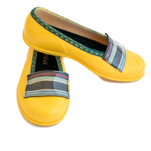 Load image into Gallery viewer, Super Cute Handmade Designer Shoes for Women. Shoe zone.