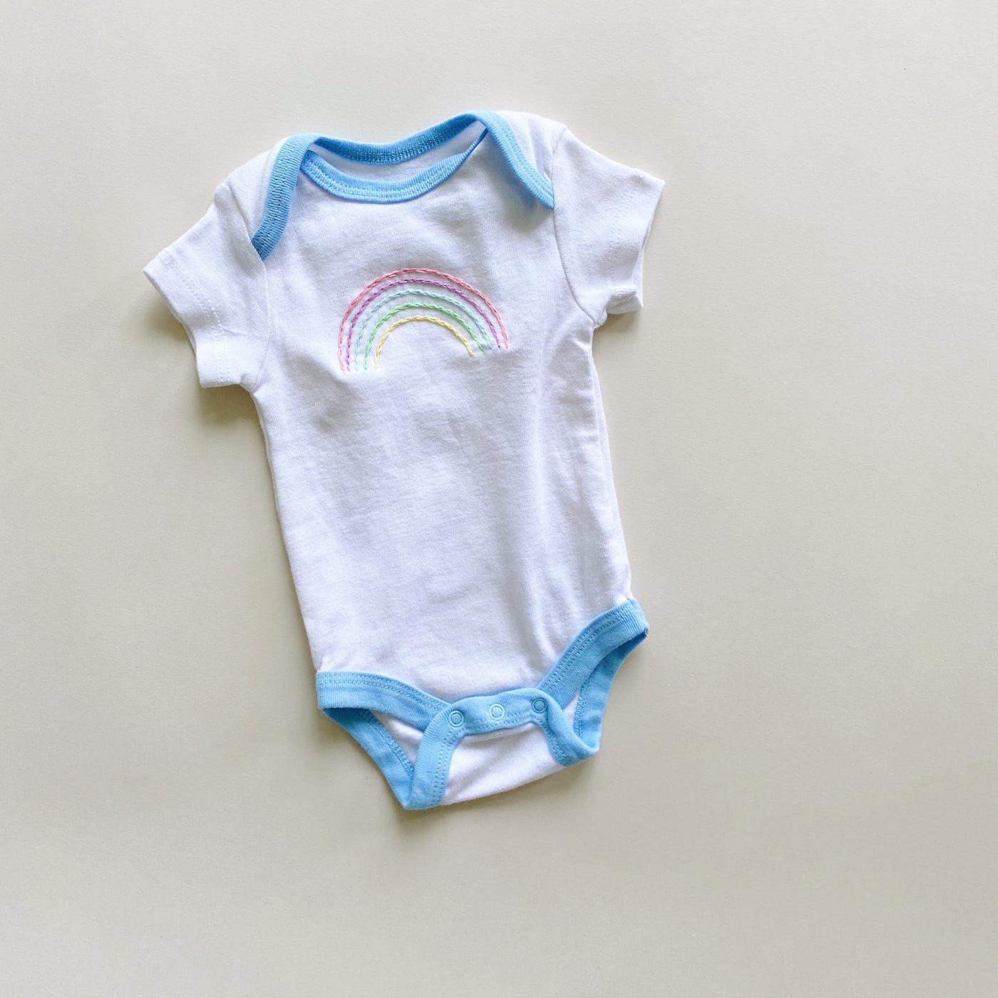 Rainbow Embroidered Onesie / Size NB