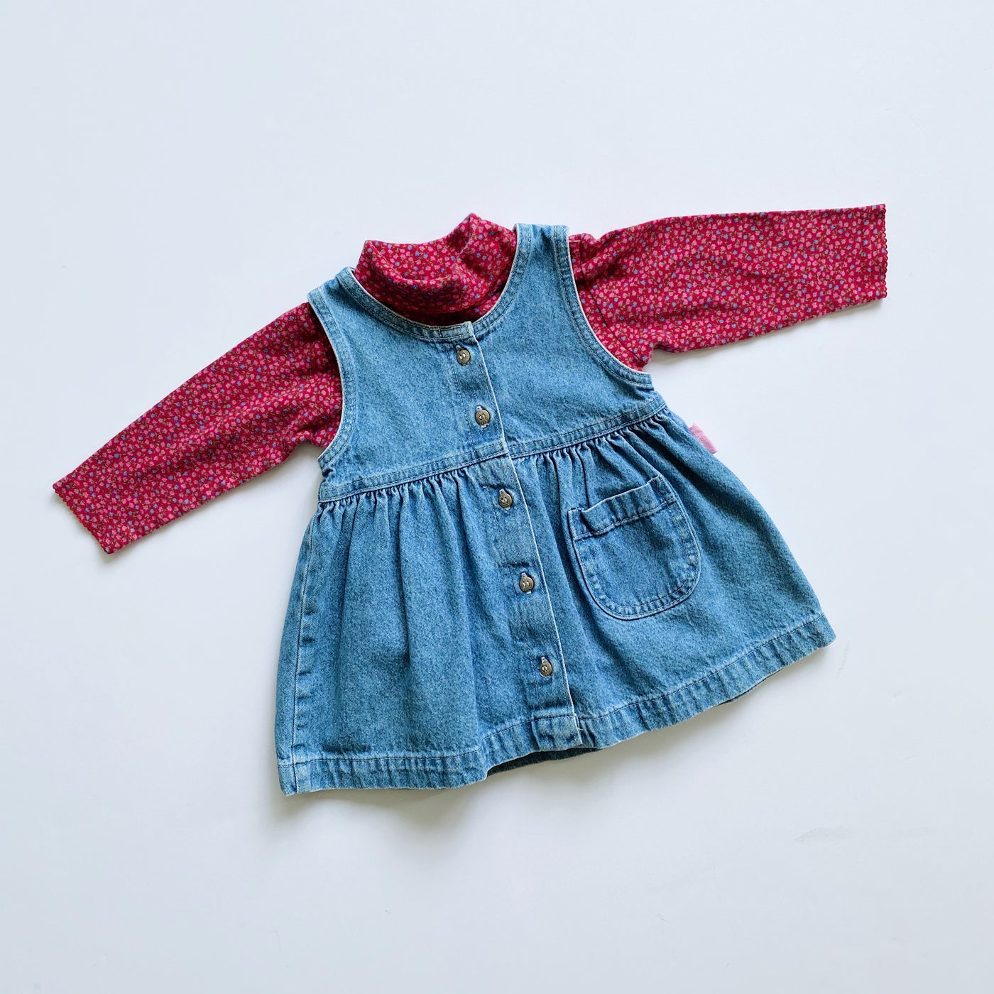 "The ""Oh My B'Gosh"" Outfit / Size 18M"