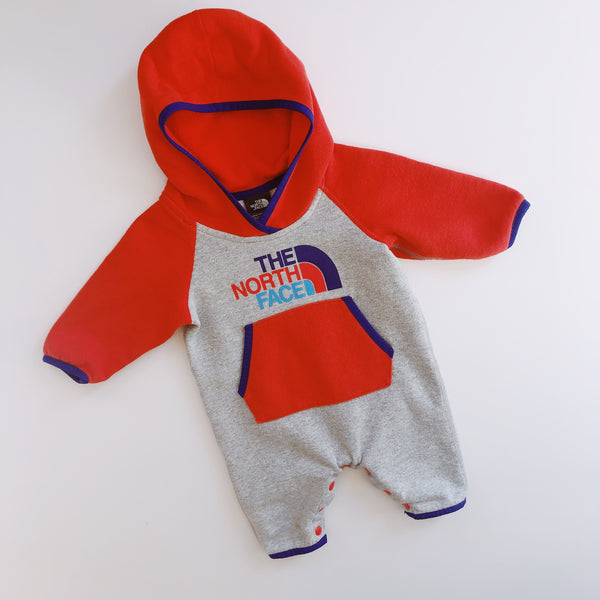 The North Face Sweatshirt Onesie / Size 0-3M