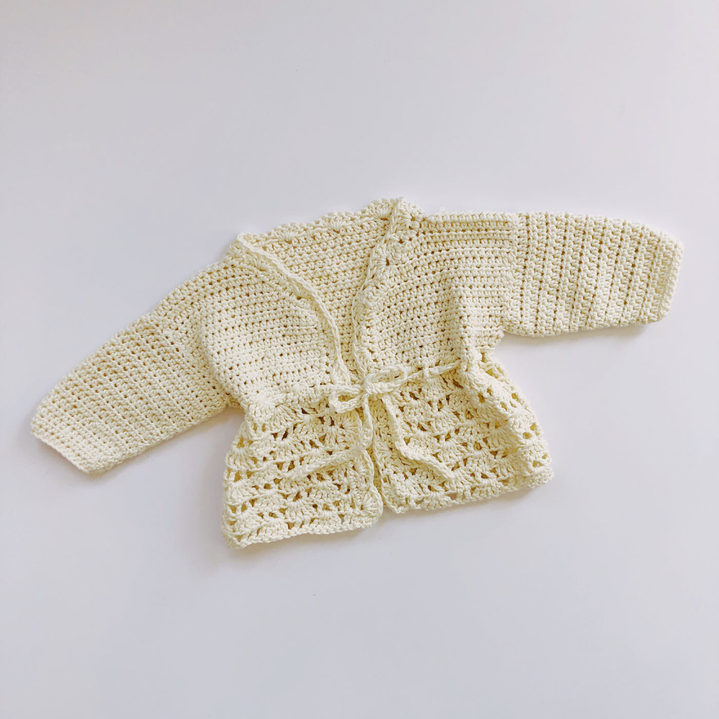 Creamy Knit Sweater with Tie / Size 9M