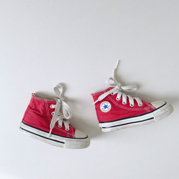 Red High Top Chuck Taylor All Stars / Toddler 4