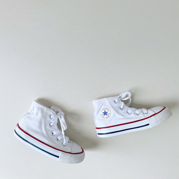 Crisp White Chuck Taylor Converse All Stars / Toddler 6