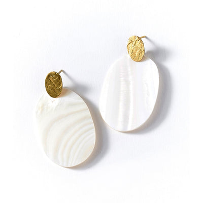 Dhavala Earrings - Pearl Stud