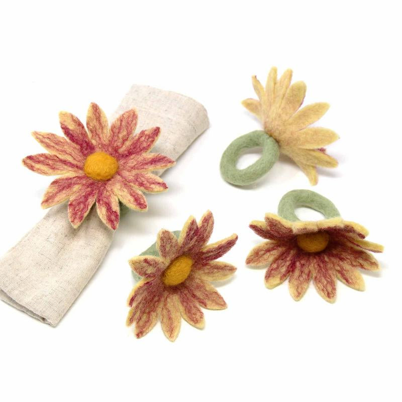 Hand Crafted Felt from Nepal: Set of 4 Napkin Rings, Daisies, Magenta