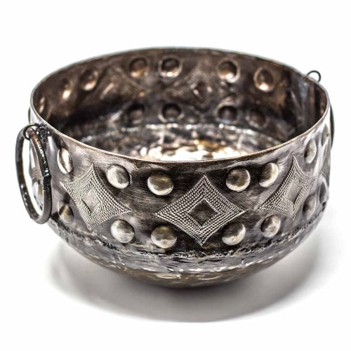 Hammered Metal Bowl with Round Handles 11.5 x 8 inches