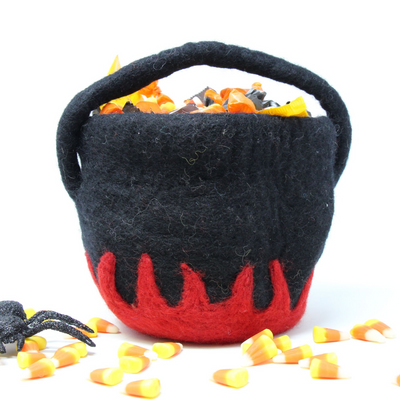 Felt Cauldron in Black