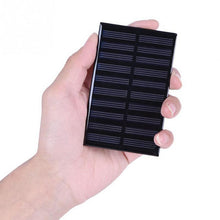 Load image into Gallery viewer, Portable Solar Cell Phone Charger