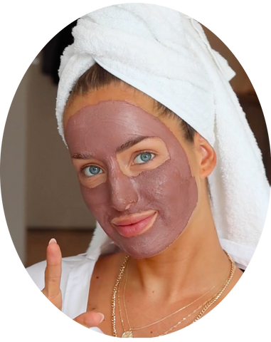 how to use the detoxifying pink clay mask from clay and glow roze kleimasker step3