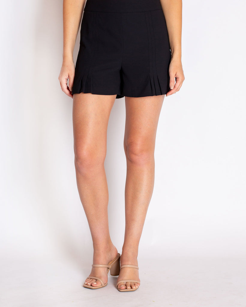 The Annika Shorts in Crepe