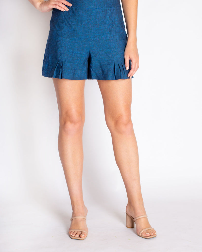 The Annika Shorts in Linen