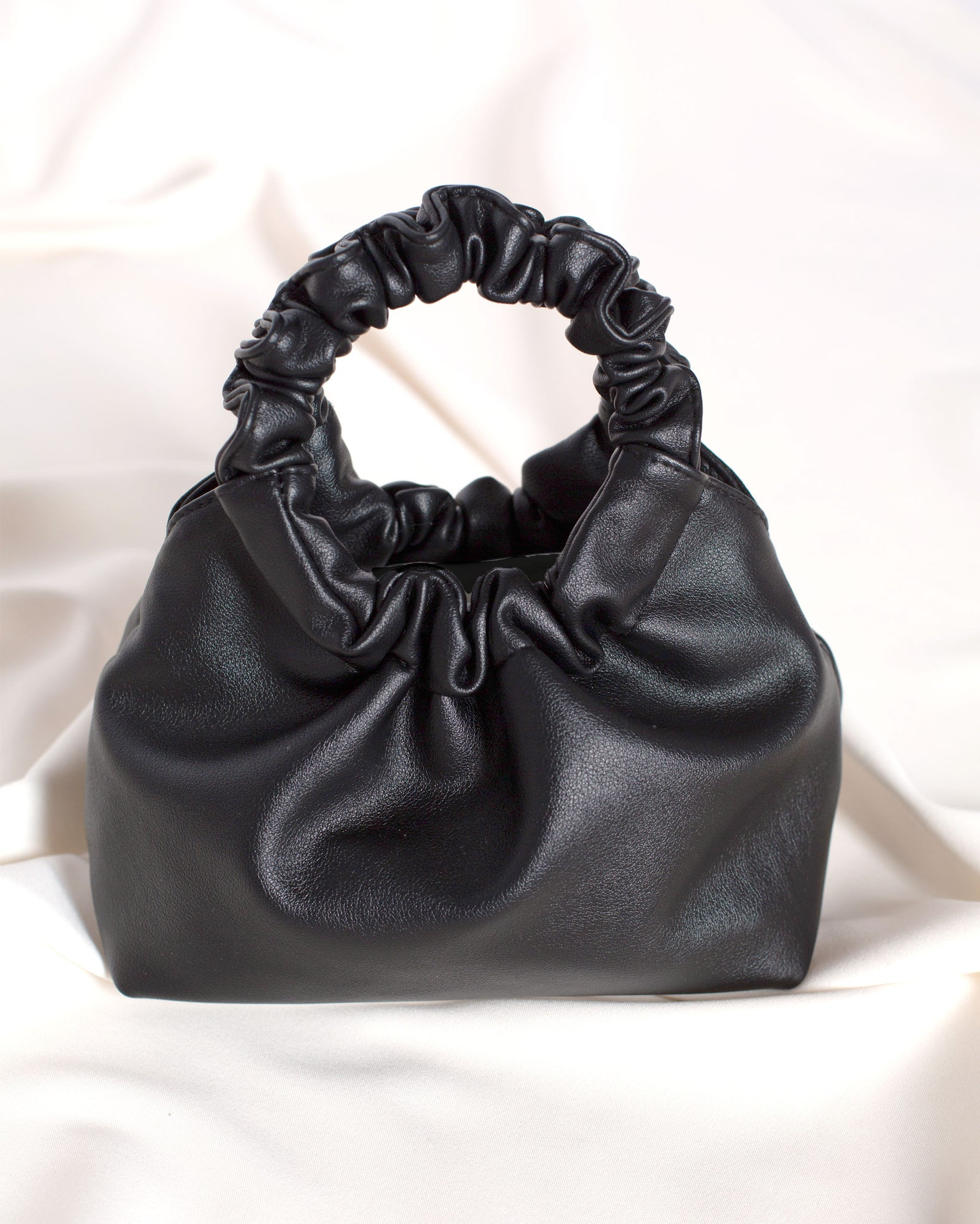 The Scrunch Handbag