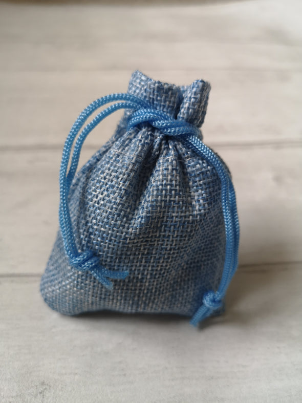 Blue hessian bag for earrings