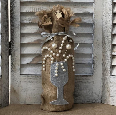 Hessian bottle bag with silver wine glass design