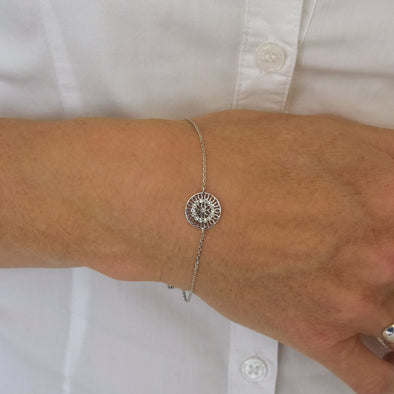 flower bracelet very delicate in silver plate