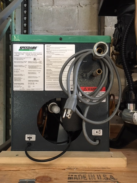 Single Head Oiled Compressor with dryer