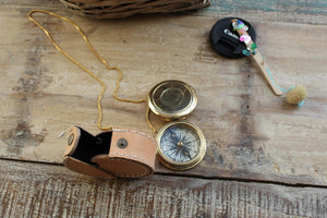 Functional brass pocket compass with leather case