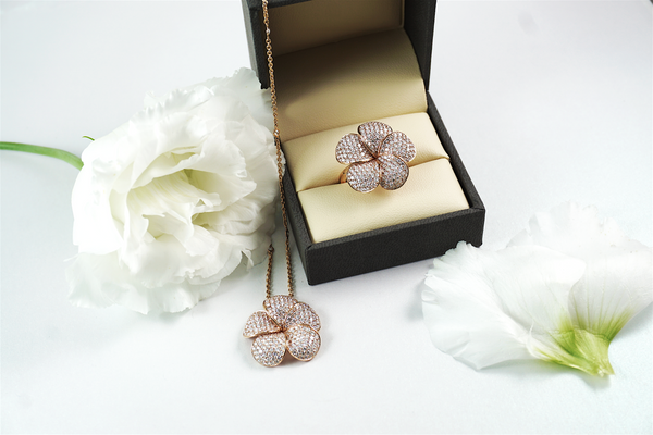 Win Your Valentine Over With These Romantic Jewellery Gift Ideas